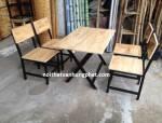 Bộ bàn ghế chân sắt gỗ cao su BGS5