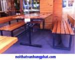 Bộ bàn ghế băng chân sắt mặt gỗ thông BGS9