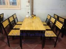 Thi c�ng b�n ghế gỗ th�ng tại nh� h�ng 20 Nguyễn Huy Tự, Hai B� Trưng, H� Nội