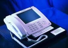 Chiếc iPhone đầu tiên trên thế giới lại là... điện thoại bàn!