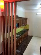 Tủ bếp gỗ xoan đào gia lai MS 031