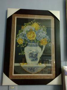 Đóng khung tranh thêu bình hoa