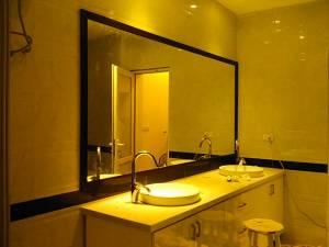 khung gương gỗ