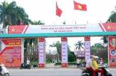 Hinh-anh-tra-Thai-Hung-tai-trien-lam-Tu-hao-hang-Viet-Nam