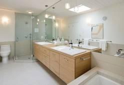 Cách lựa chọn đèn trang trí phù hợp cho phòng tắm