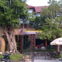 Cafe 98, cạnh Trung đô Tower, Lê Nin, TP Vinh