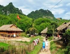 {Kham-pha-thung-lung-Mai-Chau