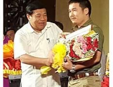 {Bo-anh-INVICO-nhan-bang-khen