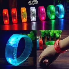 Vòng tay đèn led siêu sáng 3 chế độ đèn