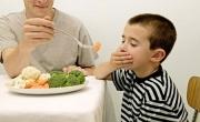 10 lời khuyên chăm sóc trẻ biếng ăn