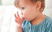 Cha mẹ hãy học cách hiểu ngôn ngữ cơ thể bé