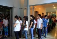 Ứng xử trong thang máy văn minh lịch sự