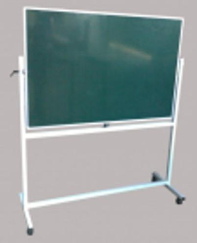 bảng từ xanh có chân 1,2x3,2m