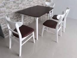 Ghế mango màu trắng- nệm simili