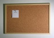 Bảng ghim gỗ bần treo tường dành cho văn phòng giá rẻ 02