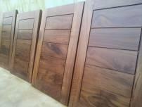 Cửa thông phòng gỗ walnut