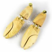 Cây giày gỗ (shoe tree)