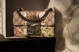[Gucci] Túi nhỏ khóa gài nắp gập in hoa