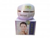 Kem dưỡng và làm trắng da Olive 002