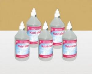 Nước rửa vết thương NaCl 0,9%