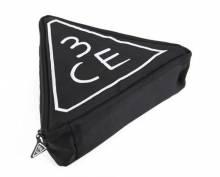 Túi đựng mỹ phẩm tam giác 3CE