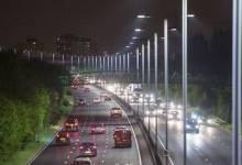 """Đèn pha led 200W """"cứu tinh"""" cho hệ thống giao thông về đêm"""