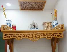 Bàn thờ treo tường hiện đại, giá rẻ – Sự lựa chọn hoàn hảo cho mọi gia đình
