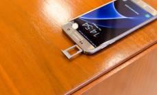 Apple-Samsung-va-Xiaomi-dang-o-dau-trong-cuoc-chien-dau-bang-gia-re