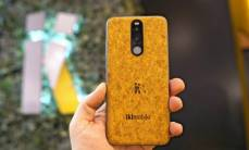 Smartphone-lam-tu-go-nut-chai-50-nam-van-chay-tot